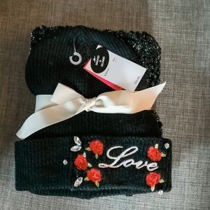 NWT Betsey Johnson Hat and Scarf Get Set